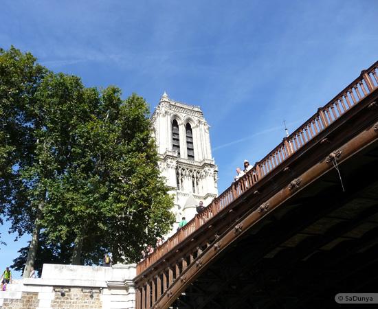 13 /26 - Aby fait un tour en bateau sur la Seine