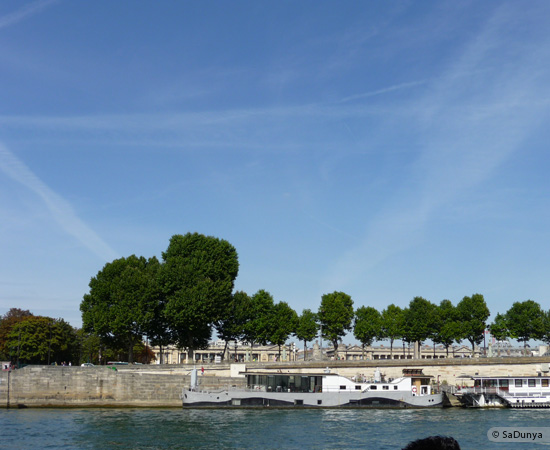 25 /26 - Aby fait un tour en bateau sur la Seine