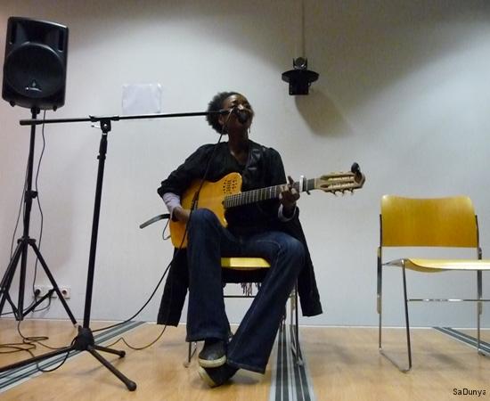 Concert d'Aïssate Ba - 9/16