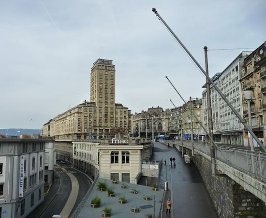 5 / 11 - la famille Ndiaye à la découverte de Lausanne