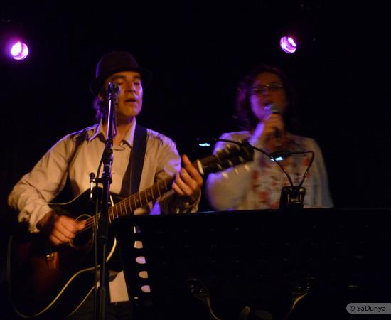 2 /11 - Daniela Albrecht chante avec Marcel Van Dam