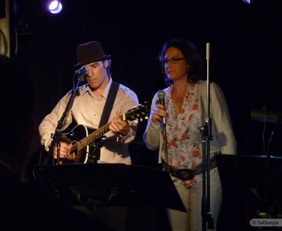 9 /11 - Daniela Albrecht chante avec Marcel Van Dam