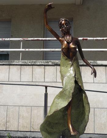 Les Femmes bronze de Tiendrebeogo - 3/16