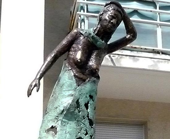 Les Femmes bronze de Tiendrebeogo - 10/16