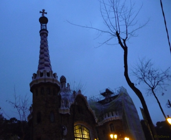 SaDunya au Park Güell à Barcelone en Espagne - 5/22