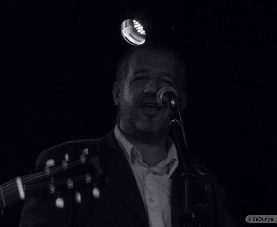 10 /24 - Paul Lassey joue avec Deep River au Clou