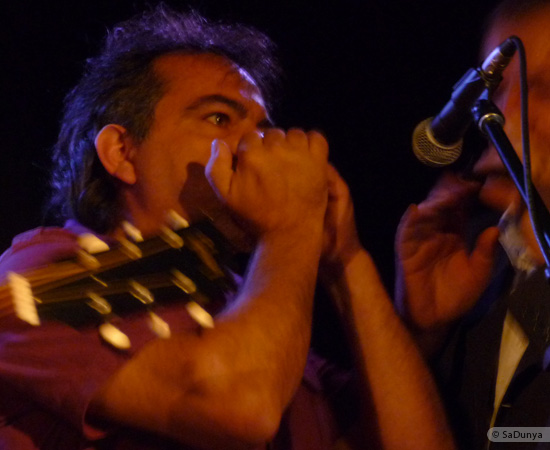 13 /24 - Paul Lassey joue avec Deep River au Clou