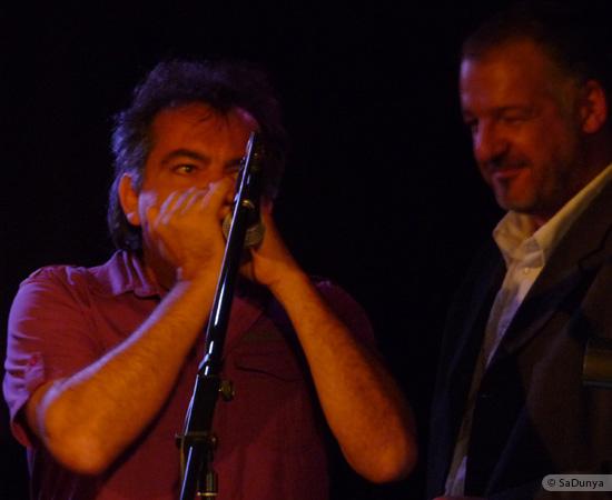 14 /24 - Paul Lassey joue avec Deep River au Clou