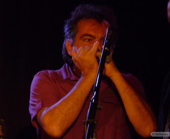 15 /24 - Paul Lassey joue avec Deep River au Clou