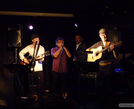 17 /24 - Paul Lassey joue avec Deep River au Clou