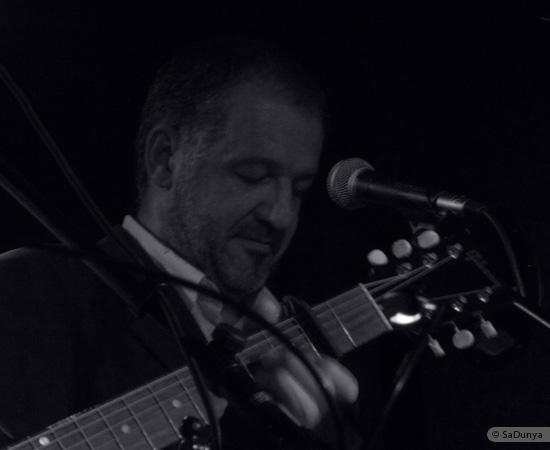 3 /24 - Paul Lassey joue avec Deep River au Clou