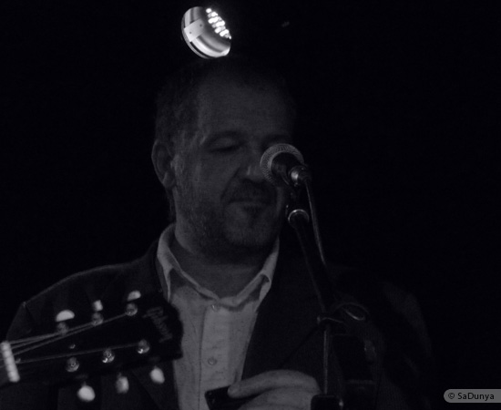 4 /24 - Paul Lassey joue avec Deep River au Clou