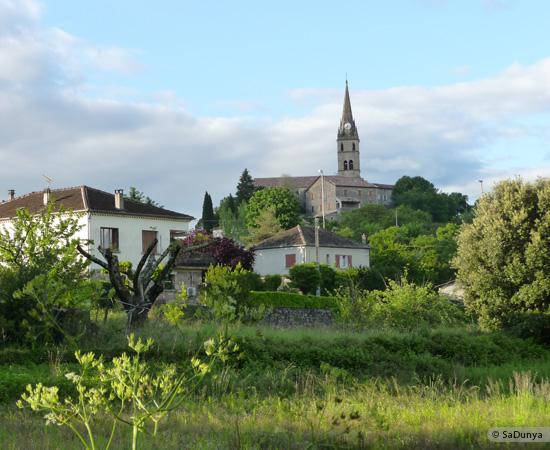 16 /23 - village de Lablachère en Ardèche