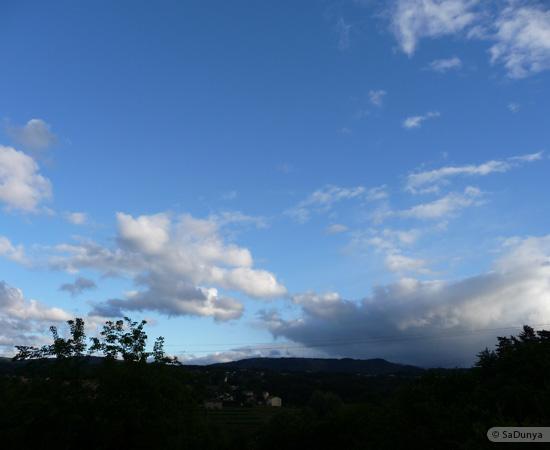 19 /23 - village de Lablachère en Ardèche
