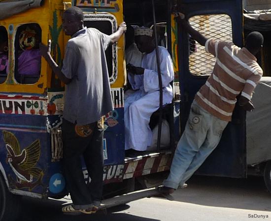 Coupure d'eau à Dakar - 9/10