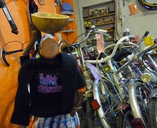 Fatoumata ndiaye chez Dynamo vélo à Nancy - France